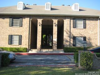 Resort like Condo in Prime Location - San Antonio vacation rentals