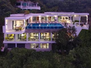 Luxury 8bed Villa, Sea views Sleeps 20, bar cinema - Phuket vacation rentals