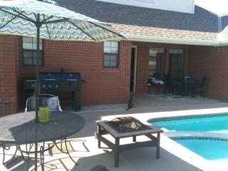 5 Beds w/ Heated Pool & Hot Tub! - Edmond vacation rentals