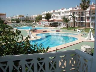 PLAYA ROMANA VILLAGE PISCINA - Apartamento 2/4 - Alcossebre vacation rentals