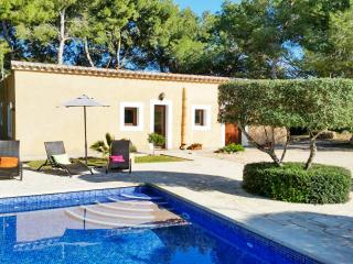 Stylish villa in Mallorca w/ 3 bedrooms & private pool – near Cala d'Or, 400m from Cala sa Nau beach - S' Horta vacation rentals