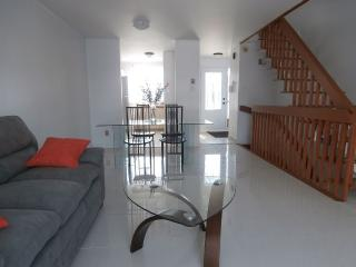 Welcome to family and pets allowed - Montreal vacation rentals