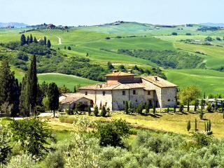 Aia Vecchia - Trequanda vacation rentals