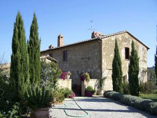 L' Apparita - San Quirico d'Orcia vacation rentals