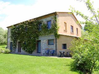 L' Ocaiolo - Sarteano vacation rentals