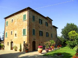 Castel Del Gallo - Creti vacation rentals