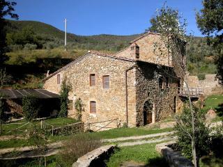 Mulino Della Frateria - Castelnuovo dell'Abate vacation rentals