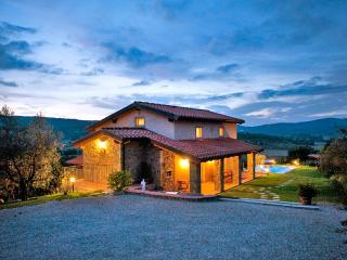 Villa Mera - Rigomagno vacation rentals