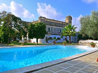 Castello Di Ginosa - Grottaglie vacation rentals