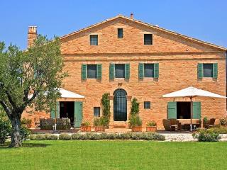 Villa Marquis - Marche vacation rentals
