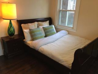 Lakewood Lodge: Cozy & Safe (Queen) - Southeast Michigan vacation rentals