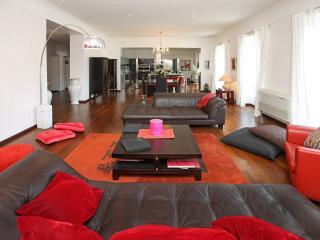 3 Bed 3 Bath, Sea View, Luxury, 195sqm Apartment - Nice vacation rentals