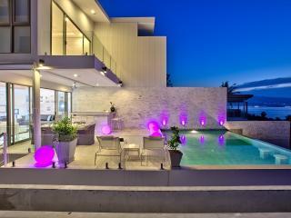 Villa Latitude 9 - 200m walk to Samrong Bay beach - Plai Laem vacation rentals