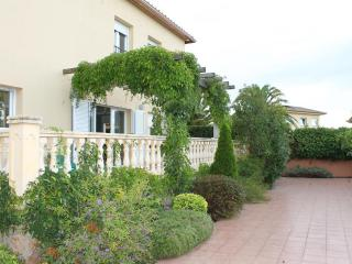 Villa  for holiday rent with private garden - Pals vacation rentals
