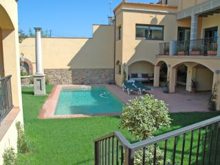 LUXURY HOUSE POOL&GOLF COSTA BRAVA - Vidreres vacation rentals