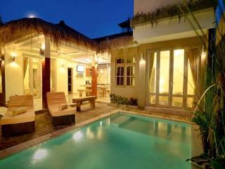 SEMINYAK - 4 Bedrooms - 4 En Suite Bathrooms - Ang - Kuta vacation rentals