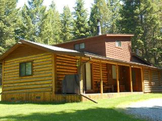 Secluded  Cabin,  Day Trips To Glacier N.P. - Lakeside vacation rentals