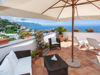 Appartamento Amalfi vista Mare - Amalfi vacation rentals