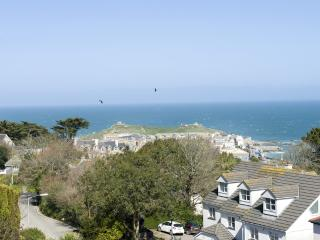 The Penthouse, 11 Salt - The Penthouse, 11 Salt located in St. Ives, 0 - Newlyn vacation rentals