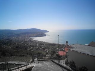 Villetta a schiera panoramica - Agropoli vacation rentals