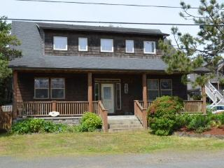 Sophie`s Place - 48723 - Cannon Beach vacation rentals
