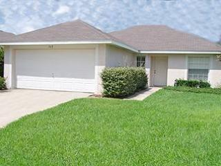 Wellington woods 3 bedroom home, close to shops, golf and Disney! GC142 - Image 1 - Davenport - rentals