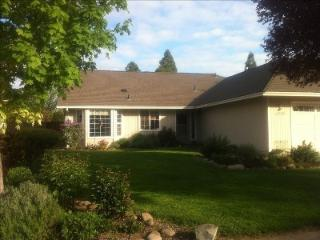 Southern Oregon Home-Away-From-Home - Medford vacation rentals