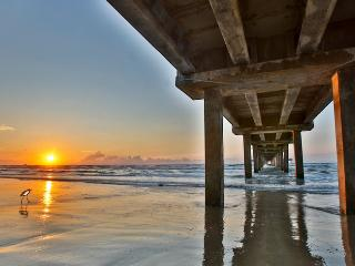 Gulf View Efficiency Recently Remodled! - Port Aransas vacation rentals