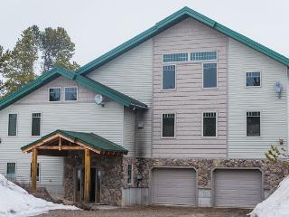 This 10 Bedroom, 8 Bathroom Lodge Sleeps 40 - Eastern Idaho vacation rentals