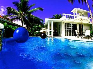 Cabarete Bay Beach House 3 Bedroom Bahia de Arena - Cabarete vacation rentals