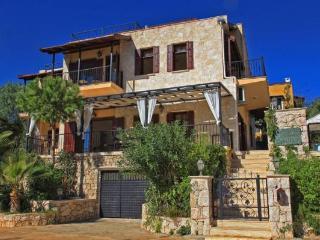 Luxury holiday villa in Kalkan center,sleeps8. 020 - Antalya Province vacation rentals