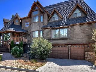 No. 2 Luxurious Castle Glen Estate - Big Bear Lake vacation rentals