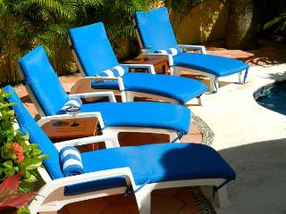 New Suite/ Spacious/Modern, King bed, Ac, Garden Views, Hot tub & pool. - Puerto Morelos vacation rentals