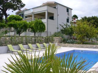 Apartment no3 Villa Dvori Viskovi - Podstrana vacation rentals