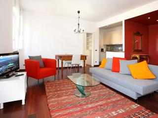 Modern 2 rooms apartment with beatifull view - Milan vacation rentals