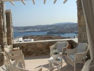 Lovely maisonette with pool for 4-5 - Ornos vacation rentals