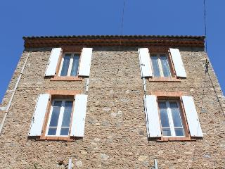 Maison de Farine - Roquebrun vacation rentals