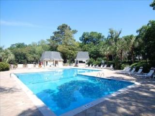 5%-10% OFF, EVIAN  Golf Course Walk to Beach - Hilton Head vacation rentals