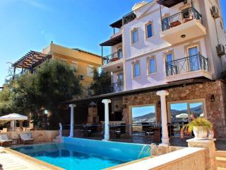 Holiday villa in Kalkan center,sleepse10: 001 - Kalkan vacation rentals