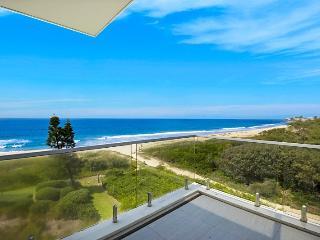 Beaullieu-Sur-Mer Penthouse - Tumbi Umbi vacation rentals