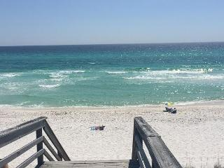 Amazing Beachfront Condo!  Ramsgate #2 is the perfect beach getaway spot! - Destin vacation rentals