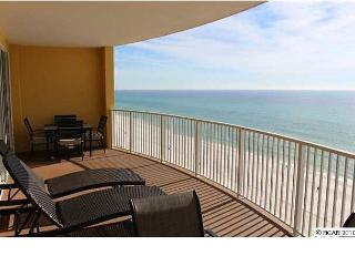 BEACHFRONT FOR 8 WITH BEACH SVC!! OPEN 7/18-25! GET IT BEFORE IT'S GONE! - Panama City Beach vacation rentals