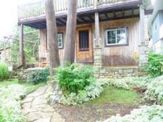 Fiddlers Stonewall Cottage - Lion's Head vacation rentals