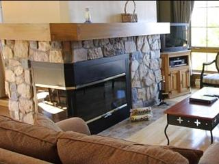 Panoramic Mountain Views - Complementary Shuttle Service Available (6210) - Amos vacation rentals