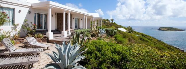 Villa Alphane Property AVAILABLE CHRISTMAS & NEW YEARS: St. Barths Villa 225 The View On Marigot Bay Is Outstanding. - Marigot vacation rentals