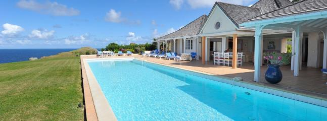 Villa Oui AVAILABLE CHRISTMAS & NEW YEARS: St. Barths Villa 217 This Roomy Villa Is Spread Facing The Ocean View And The Sunset. - Petit Cul de Sac vacation rentals