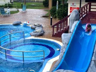 EDEN SEAVIEW VACATION HOME BATU FERRINGHI PENANG - Batu Ferringhi vacation rentals