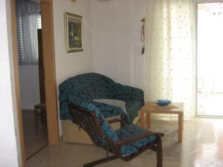Apartment Perky 2 - Baska Voda vacation rentals