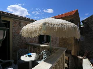 Island stone house for 4 - Brbinj vacation rentals