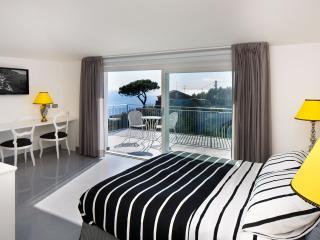 B&B Casa Colarusso - Venerdì Room - Massa Lubrense vacation rentals